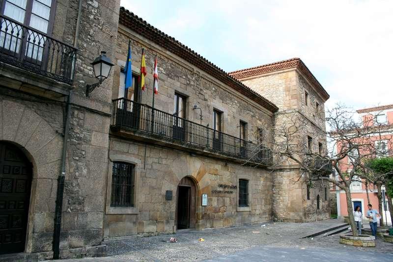 Casa Natal y Museo de Jovellanos